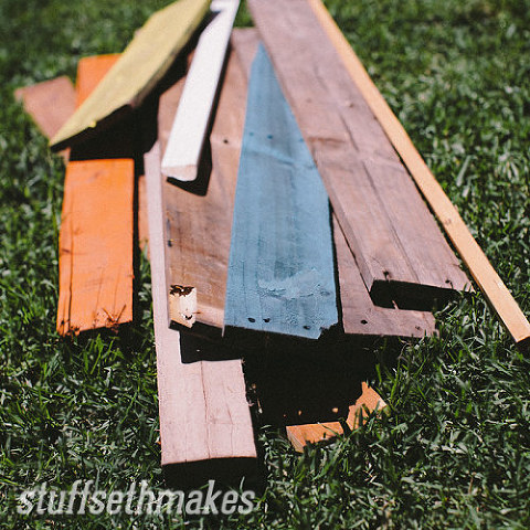 91204-blog-original-recycled-wood-chevron-garden-planter-box
